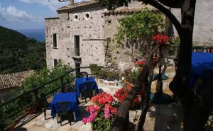 A Taverna Intru U Vicu, Bed and Breakfasts  Belmonte Calabro - big - 59