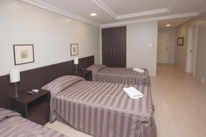 Luxury Triple Room (2 Beds)