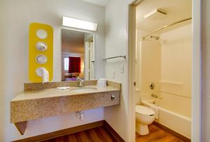 Standard Double Room with Two Double Beds - Disability Access