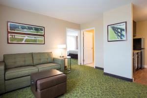 Corner Two-Bedroom Suite