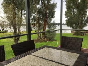 DC on the Lake, Holiday parks  Mulwala - big - 48
