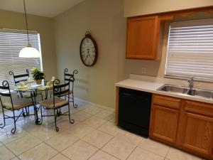 Woodridge Villa 465 465, Ville  Davenport - big - 4