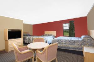 Superior Double Room with Three Double Beds - Smoking