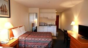 Double Kitchenette Room