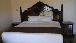 Samfred Garden Hotel, Hotels  Chingola - big - 4
