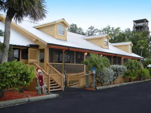 Glades Haven Cozy Cabins