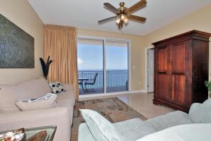 Two-Bedroom Apartment with Sea View 1906E