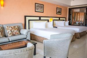 Riviera Junior Suite (3 Adults + 1 Child)