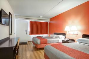Double Room with Two Double Beds - Hearing Accessible