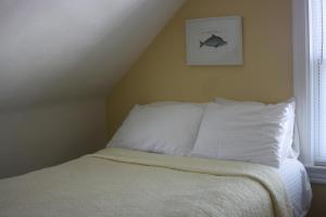 Double Room with Shared Bathroom - Room 25