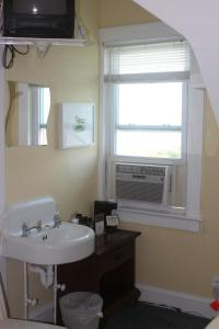Double Room with Shared Bathroom - Room 20