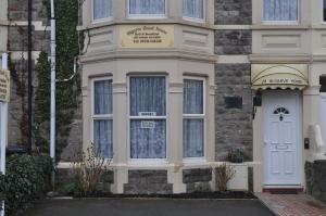 Algarve Guest House in Weston-Super-Mare, Somerset, England