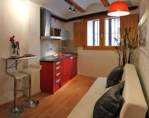Like Apartments Lonja, Apartmány  Valencia - big - 3