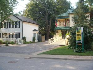 Photo of Ellis House Bed & Breakfast
