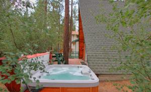 Two-Bedroom Holiday Home with Hot Tub
