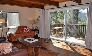 Two-Bedroom Holiday Home with Mountain View