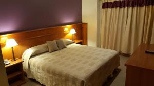 Standard Double Queen Bed Room