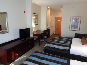 Queen Room with Two Queen Beds- Disability Access - Non-Smoking