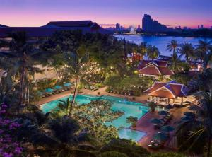 Курортный отель Anantara Bangkok Riverside Resort & Spa, Бангкок