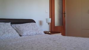 Apartment Forest and Lake, Apartments  Lagadin - big - 8
