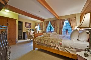 Cedar Springs Lodge Bed & Breakfast