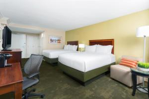 Queen Room with Two Queen Beds - Disability Access Hearing Accessible - Non-Smoking
