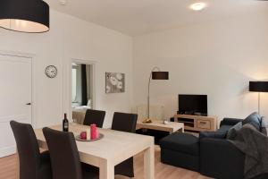 Photo of Short Stay Apartments Grand Place