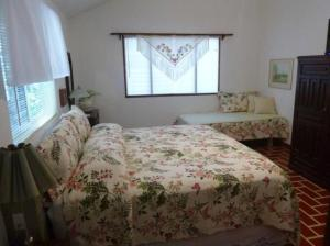 Deluxe Double Room With Bathroom