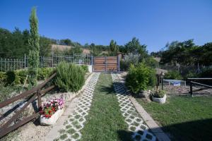 Country House Ca' Brunello, Holiday homes  Urbino - big - 14