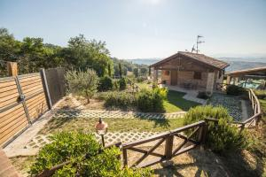 Country House Ca' Brunello, Holiday homes  Urbino - big - 1