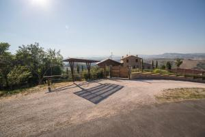 Country House Ca' Brunello, Holiday homes  Urbino - big - 15