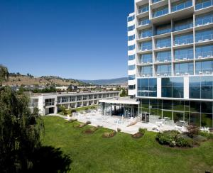 Photo of Best Western Plus Kelowna Hotel & Suites