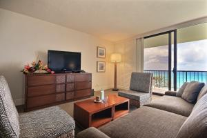 Junior King Suite with Ocean View
