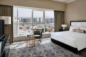 Marriott Executive Apartments Downtown Abu Dhabi - 6 of 11