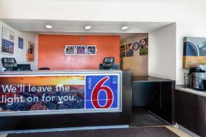 Motel 6 Reno Airport - Sparks, Hotely  Reno - big - 18