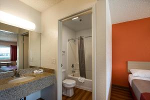 Motel 6 Reno Airport - Sparks, Hotely  Reno - big - 31