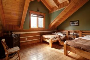 Two-Bedroom Cottage with Loft - Unit B