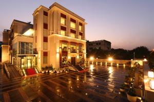 Ameya Suites Jasola