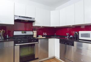 Two Bedroom Apartment - Huntington Place