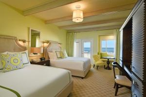 Superior Ocean Front King or Queen room