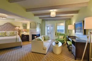 King Suite with Sofa Bed and Ocean View