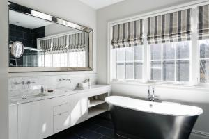 Three-Bedroom Apartment - Kane Street Townhouse