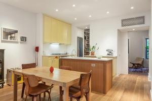Three-Bedroom Apartment - Park Place