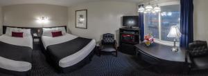 Deluxe Queen Room with Two Queen Beds - Ground Floor