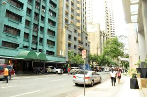 CSuites at Two Central Residences, Residence  Manila - big - 50