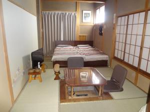 Standard Twin Room with Garden View 104