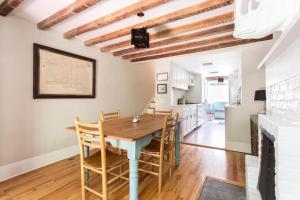 One-Bedroom apartment - Warren Place Townhouse