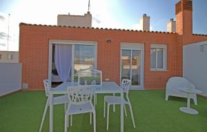 Flatsforyou Port Design, Apartments  Valencia - big - 73