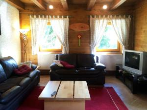 Holiday house By the forest, Holiday homes  Gozd Martuljek - big - 27