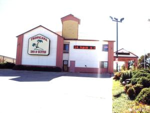 Photo of Tropicana Inn And Suites